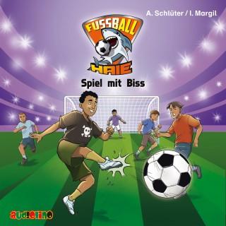 Andreas Schlüter, Irene Margil: Fußball-Haie (5): Spiel mit Biss