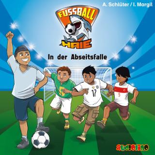 Andreas Schlüter, Irene Margil: Fußball-Haie (9)